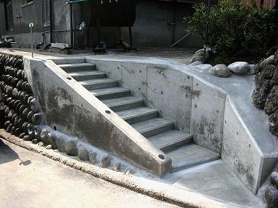 階段 手摺り 施工