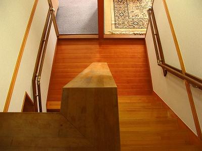 屋内 階段 手すり