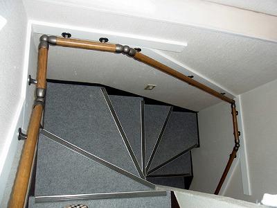 階段手すり 鉄骨 補強